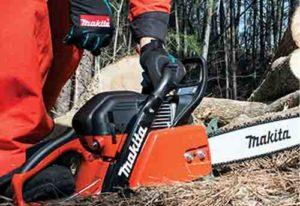 "Makita EA6100PR MM2 20"" 61cc Professional Chain Saw"